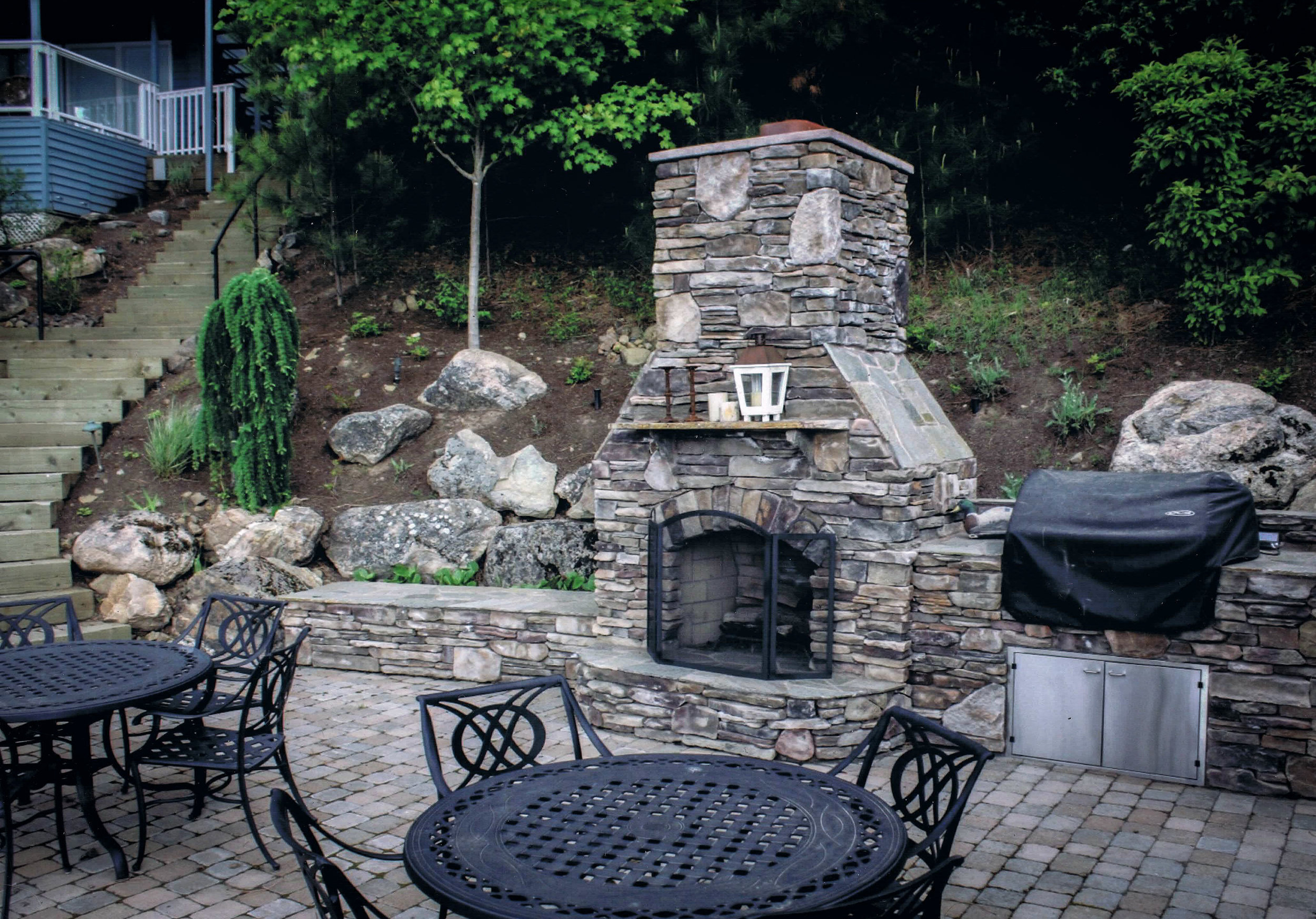 natural-stone-outdoor-fireplace.jpg