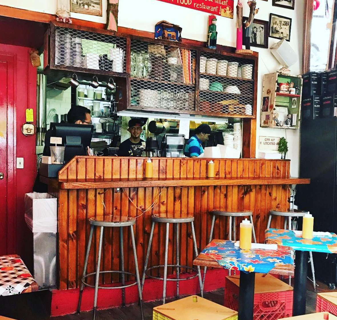 The ultimate solo travel guide to New York - Caracas East Village