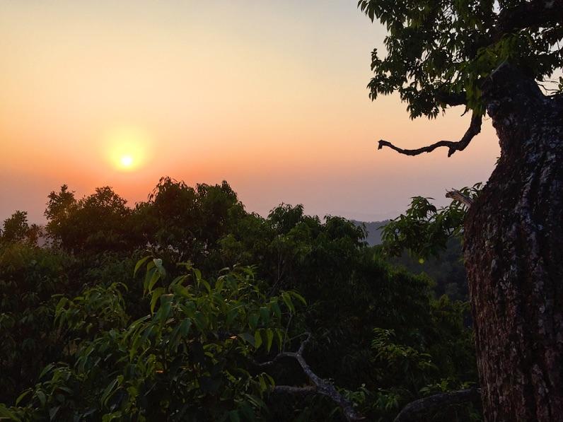 Solo travel in Myanmar