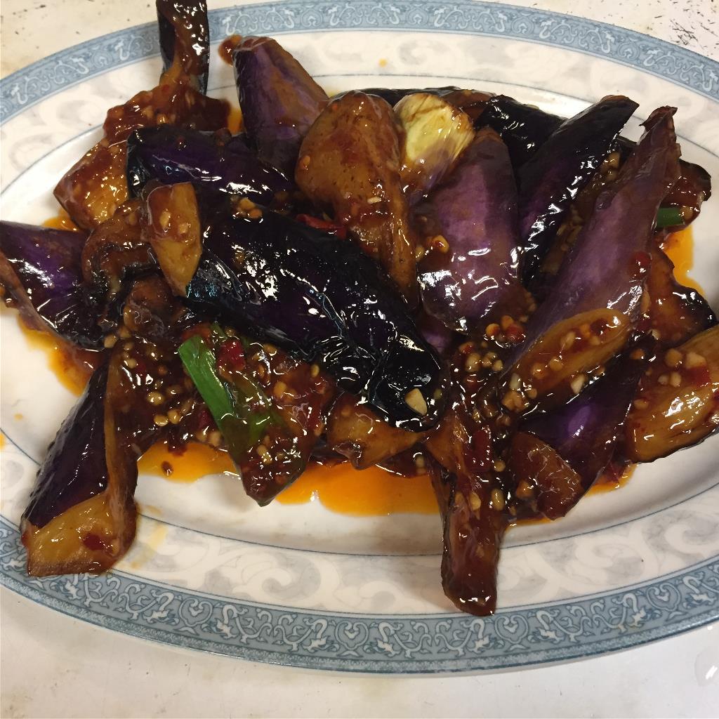 Eggplant in Garlic Sauce  鱼香茄子