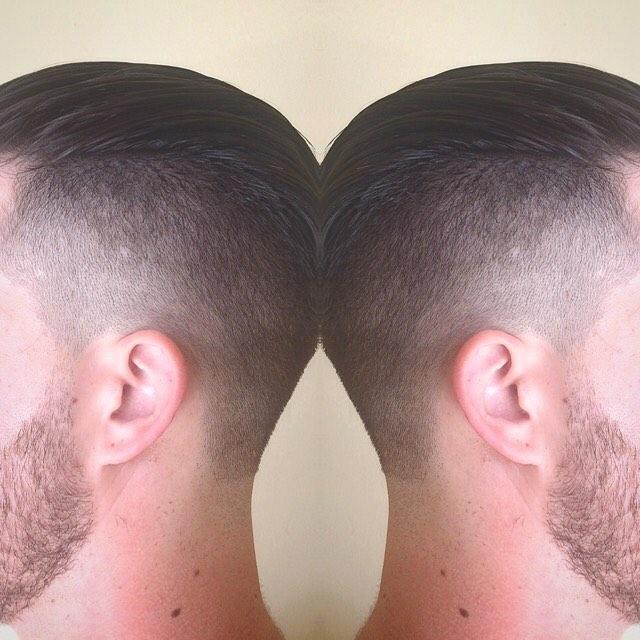 ✨fresh friday ✨ @uppercutdeluxe #uppercutdeluxe #pomade #classic76 #osterclippers #beardtrim #menshair #mensgrooming #menshair #menshairbymerissa #menshaircuts #fades