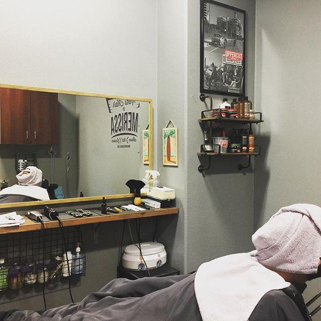 Shave Saturdays ☁️🔪 #menshair #mensgrooming #menshaircut #menshairstyle #mensgroomingproducts #uppercutdeluxe #hotlather #shave #hairstylist #orangecounty #costamesa #salon #barbershopconnect #phenixsalonsuites
