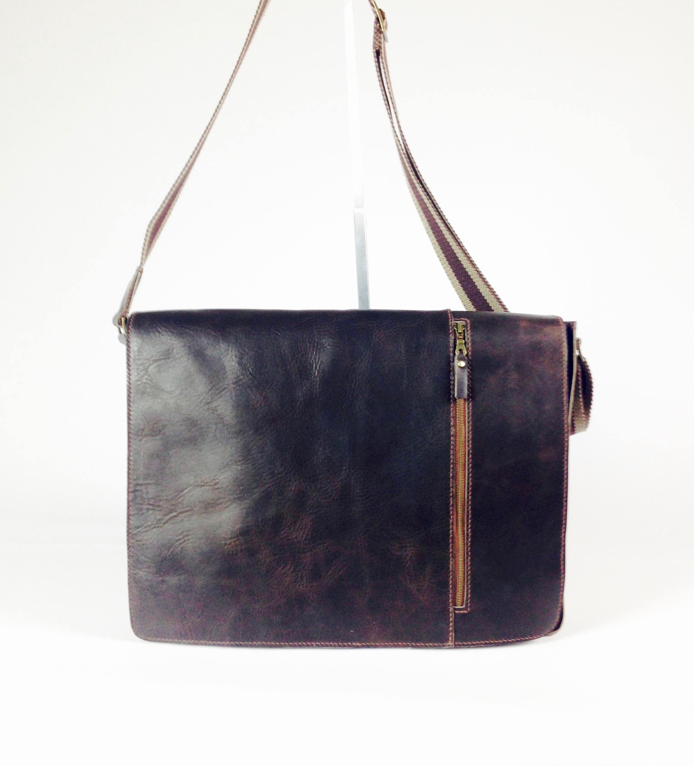 IMG_0456.jpg Cross body bag.jpg