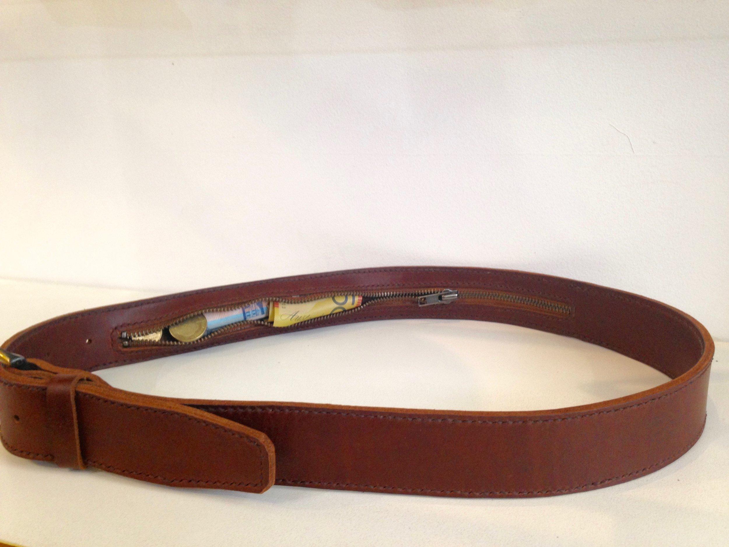 IMG_0374.jpg Money belt.jpg