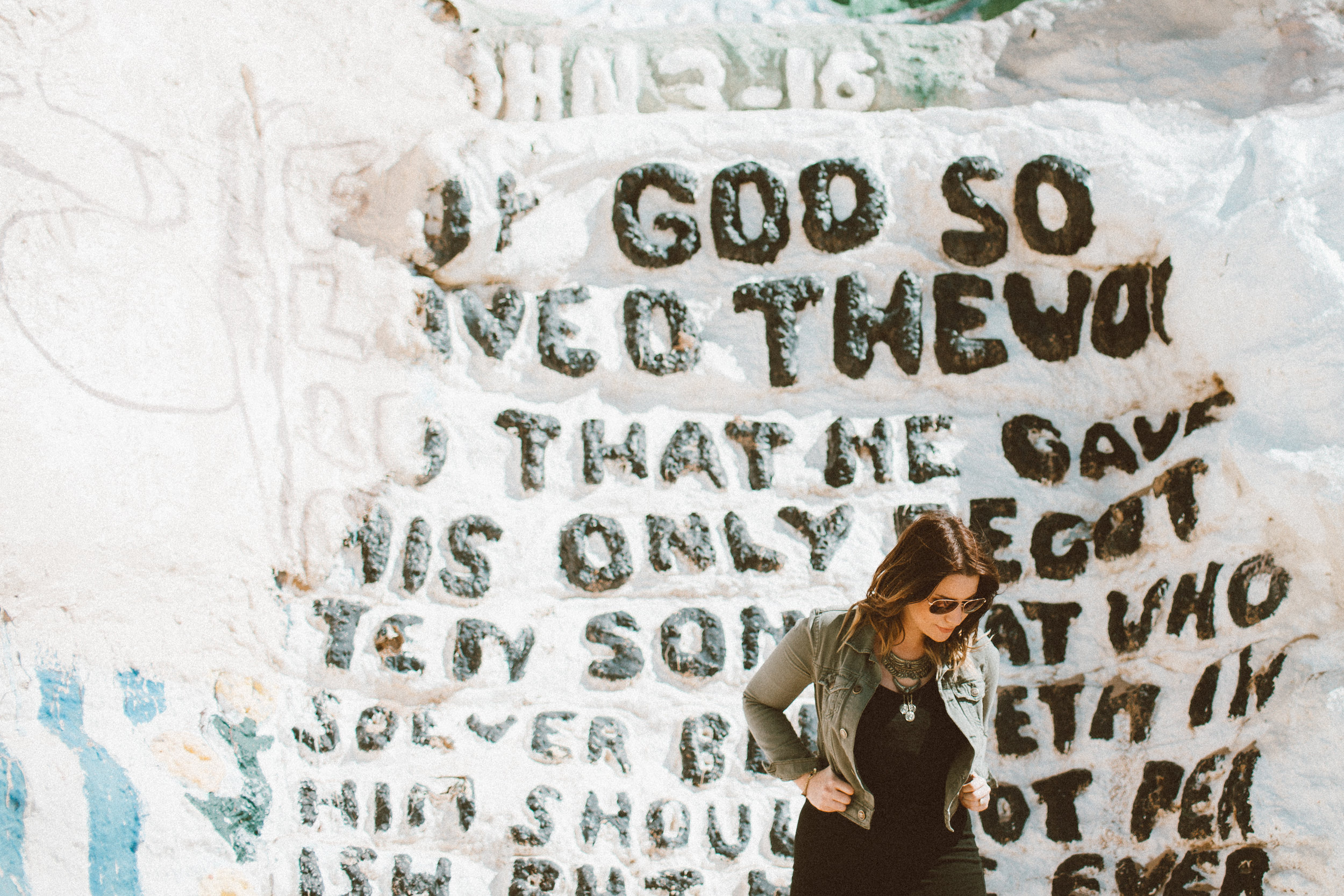 Christina Foret - Lifestyle Blogger - Salvation Mountain-34.jpg
