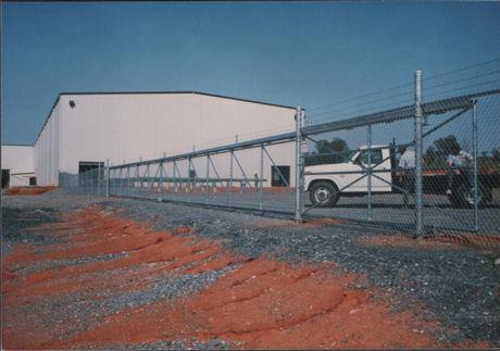 Aluminum Round Cantilever Slide Gate Track System