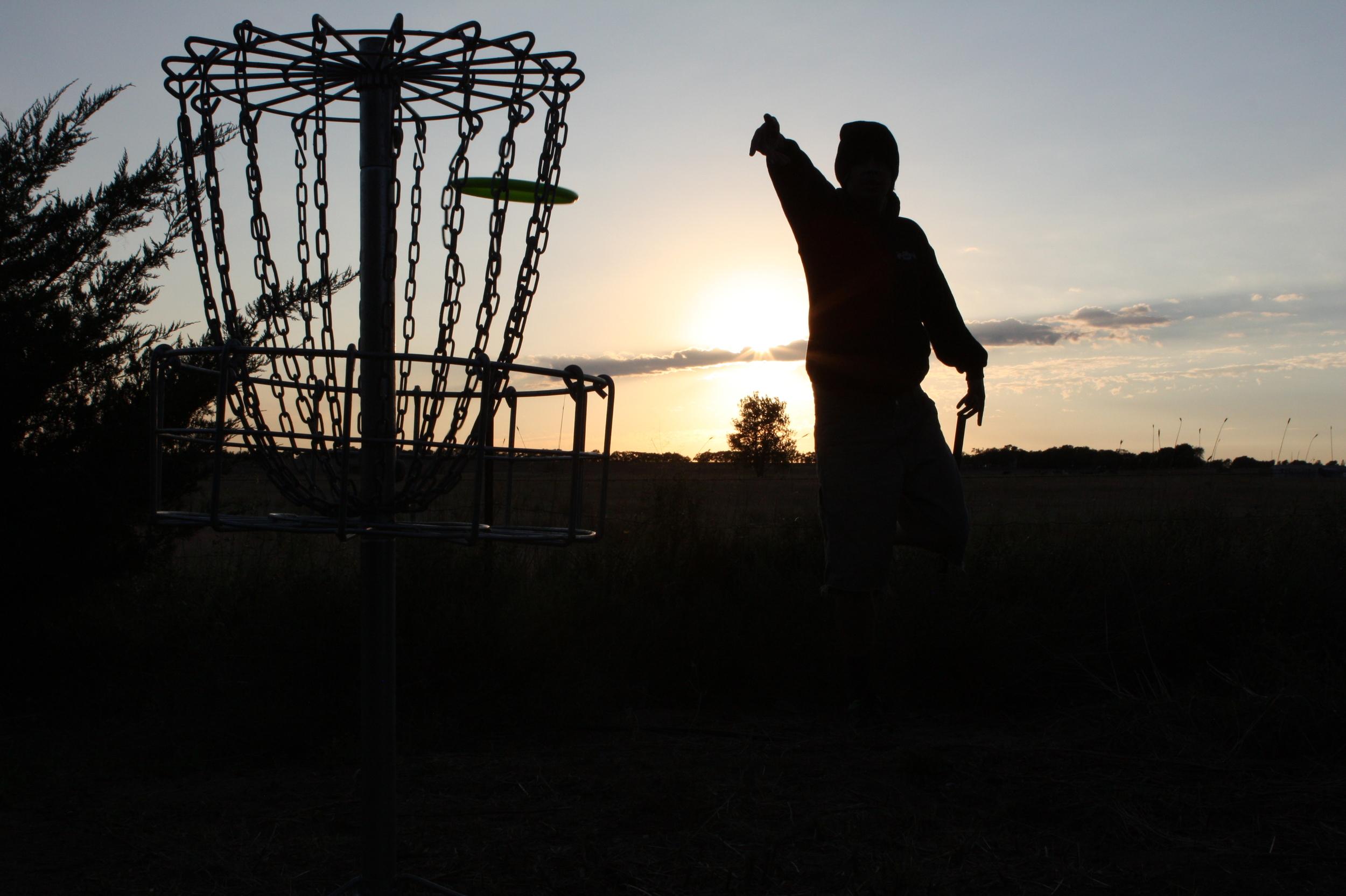 disc-golf-sunset