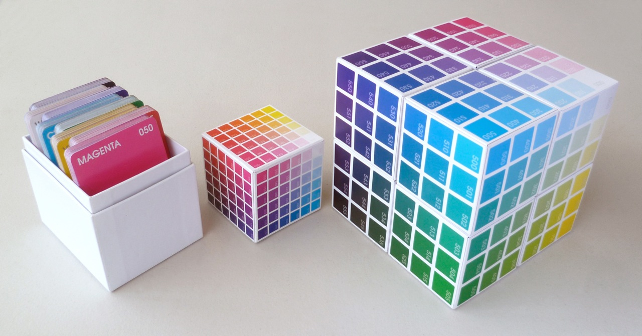 BreakThroughColour   |   colourful coded Cards and Cubes to explore, understand, and celebrate colour