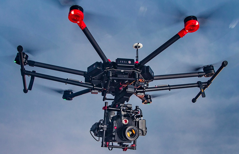 drone-dji-matrice-600-D_NQ_NP_890136-MLM25667065618_062017-F.jpg