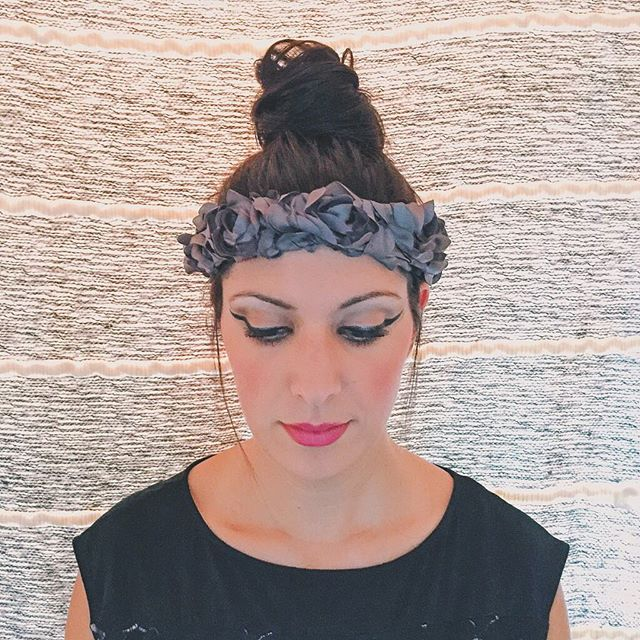 The Dicentra crown is the flower crown that will follow you through the fall and winter. Get it @ link in bio. #jdhbloom #flowercrown #headband #headpiece