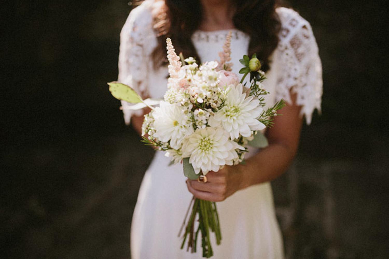 023-bouquet-dahlias.jpg