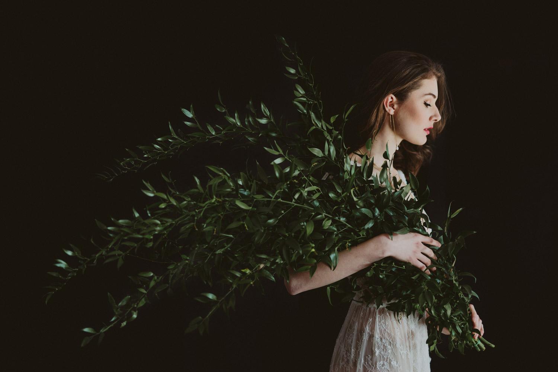 048-greenery-bouquet.jpg