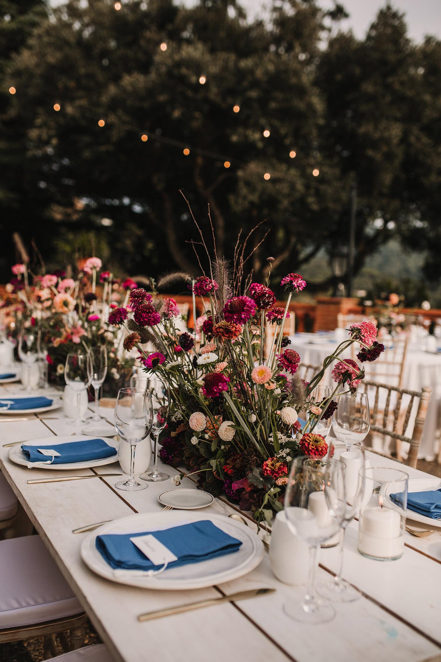 decoracion de las mesas en la cena boda mas sant llei