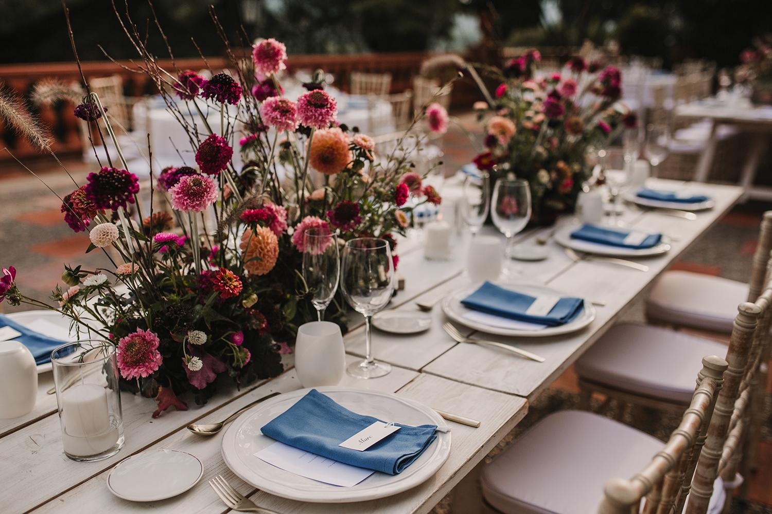 decoracion floral mesas boda mas sant llei