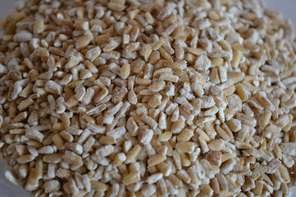 The lesser spotted pinhead oat. Same great taste, different texture, 5x longer cooking time...