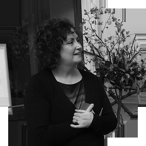 Caitríona Nic Sheáin: Language Director