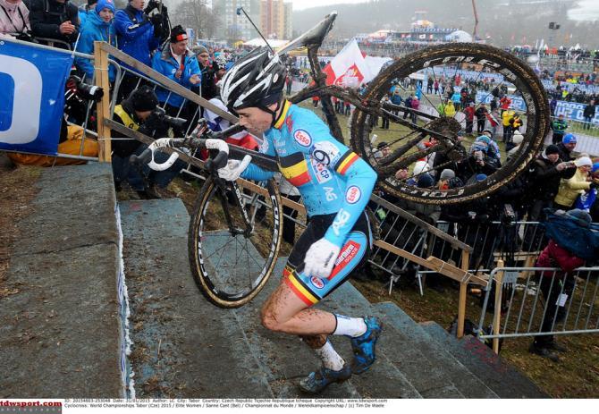 Sanne Cant, a demon on the bike