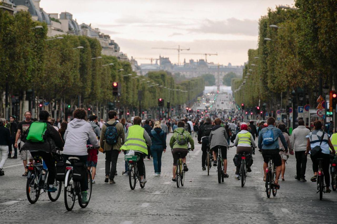Paris car-free 2016