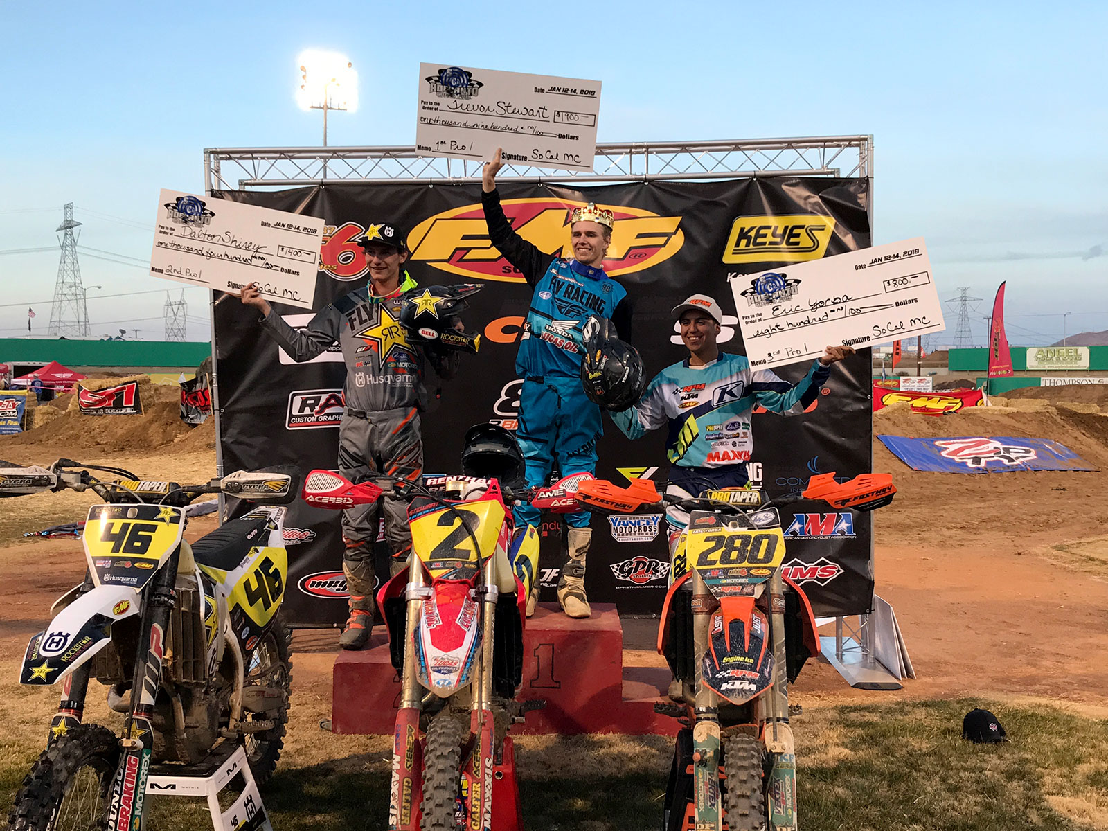 Trevor Stewart (center) winner of the 2018 King of Adelanto. Dalton Shirey (left) was second and Eric Yorba third.
