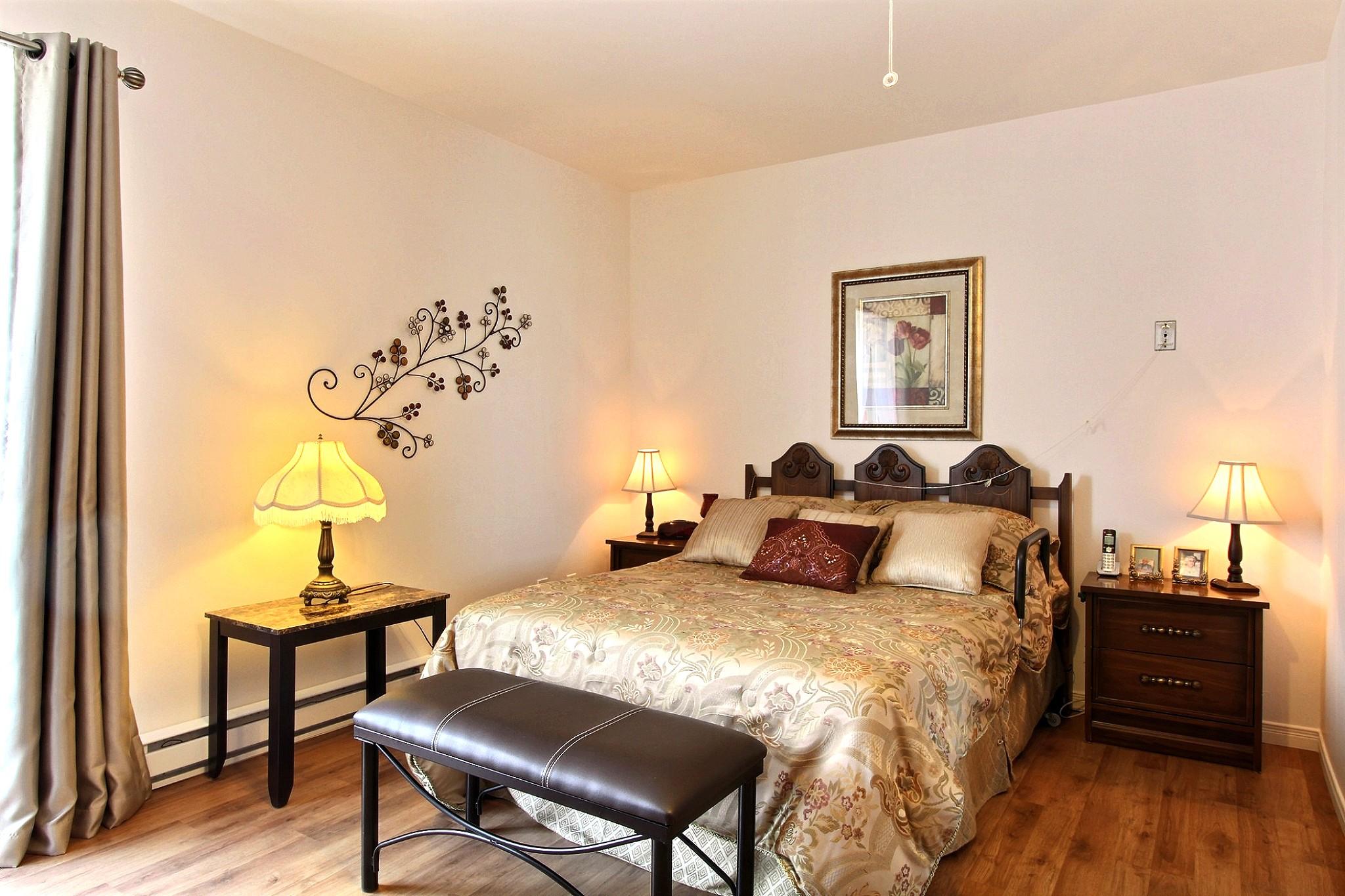 Chambre à coucher.jpg
