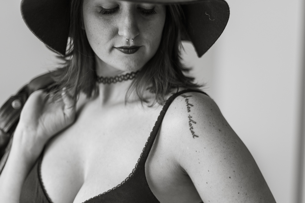 Kate-Alison-Photography-Brooklyn-NYC-Offbeat-Boudoir-Raisa-30Kate Alison Photography.JPG