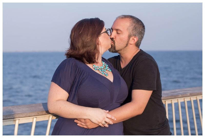 Kate-Alison-Photography-Coney-Island-Brooklyn-Engagement-Session_0009.jpg