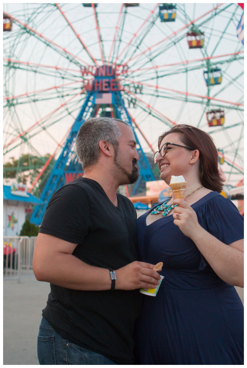 Kate-Alison-Photography-Coney-Island-Brooklyn-Engagement-Session_0017.jpg