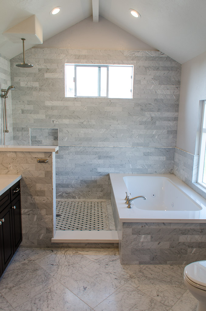 TaylorPro Highpoint Encinitas Carrera Bath Small-14.jpg