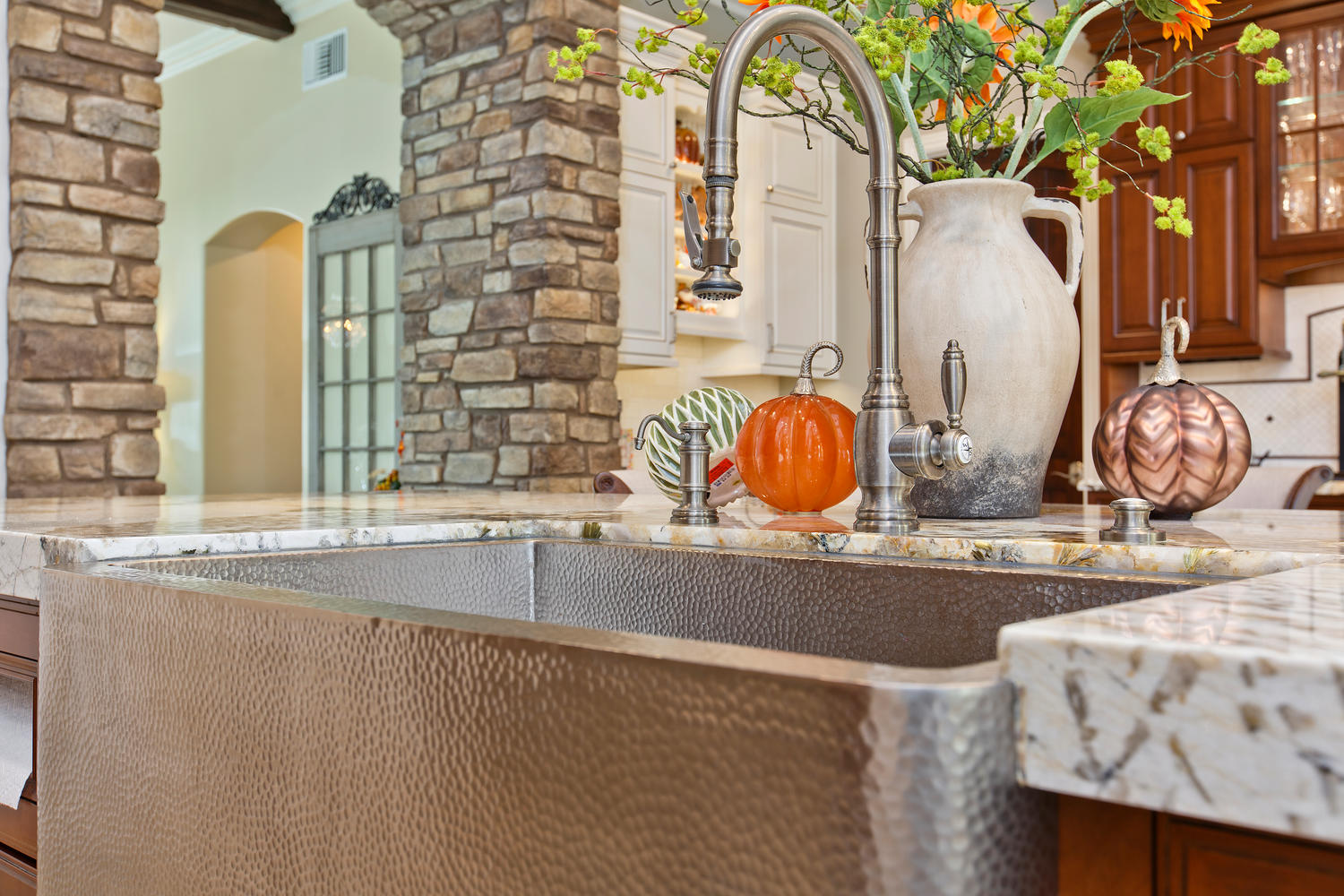 6993 Blue Orchid Ln Carlsbad-large-021-23-6993 Blue Orchid Lane KITCHEN-1500x1000-72dpi.jpg