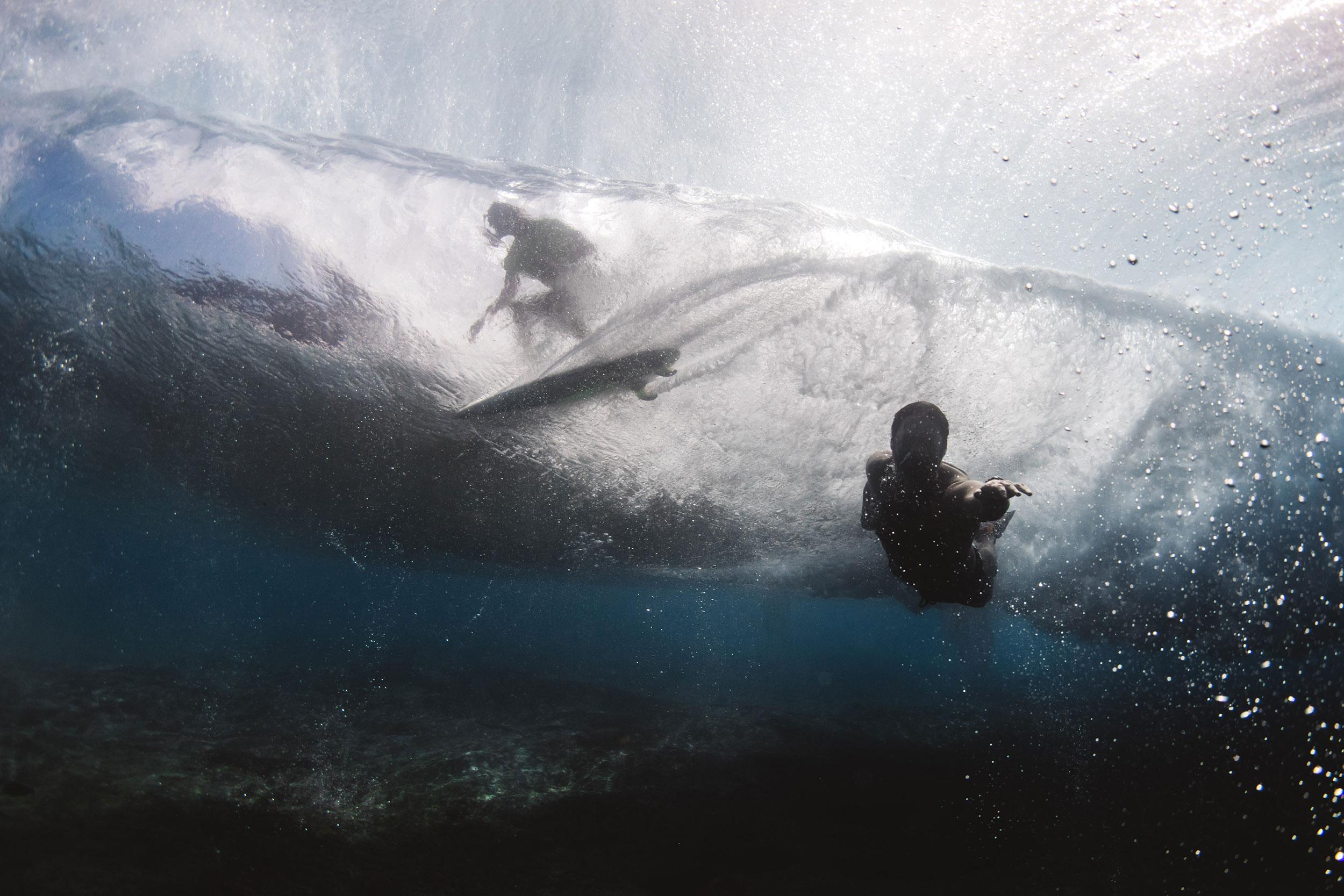 below the waves pipeline