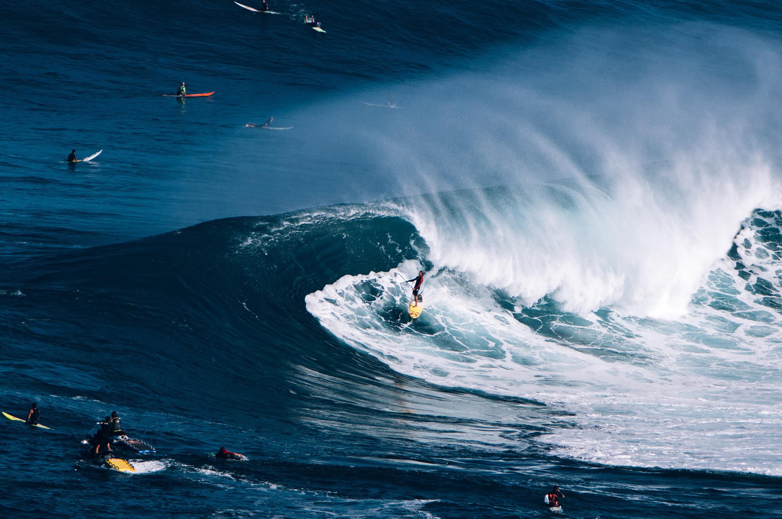maui wave rider kai lenny jaws