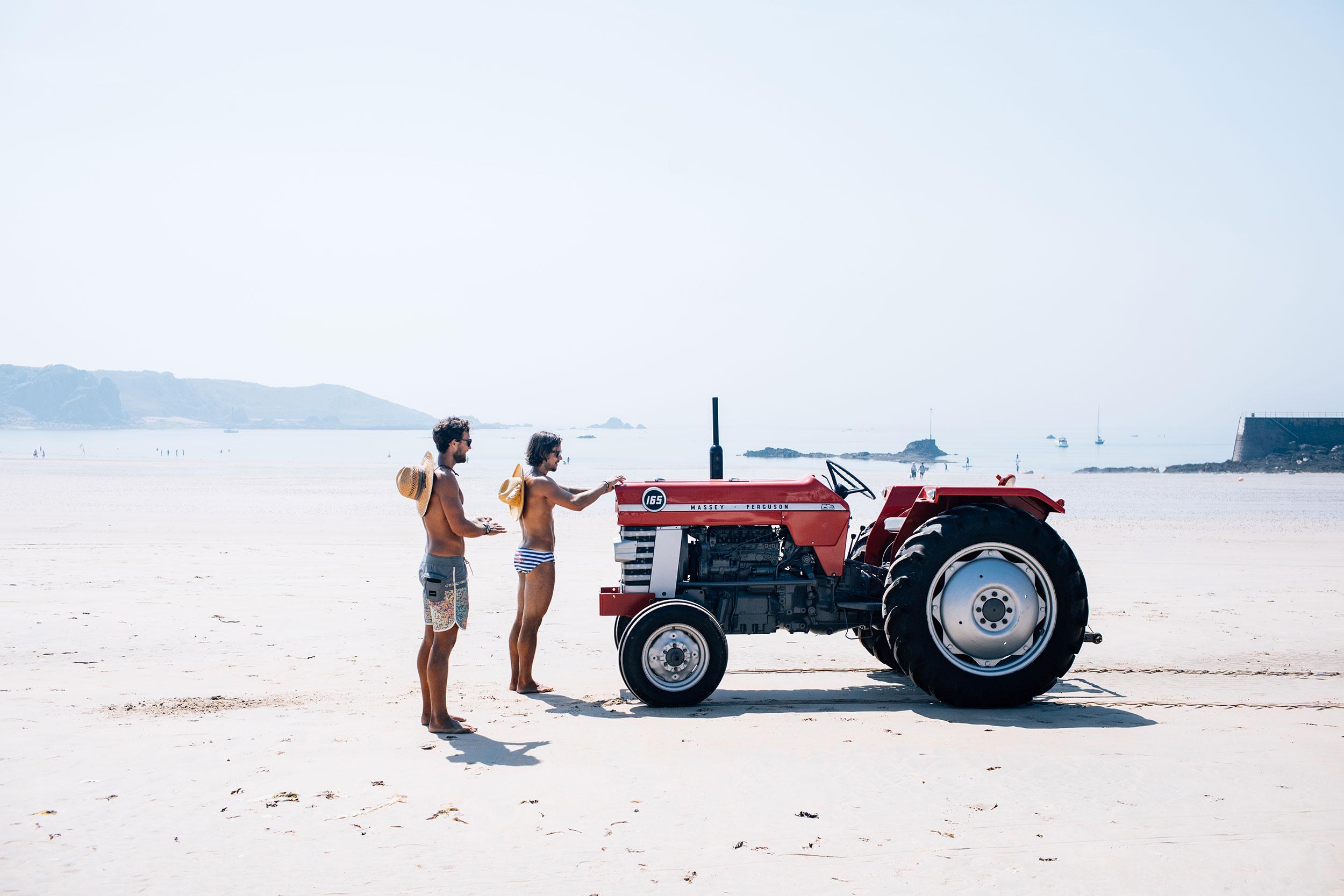 Tractorporn_0002_7739.jpg