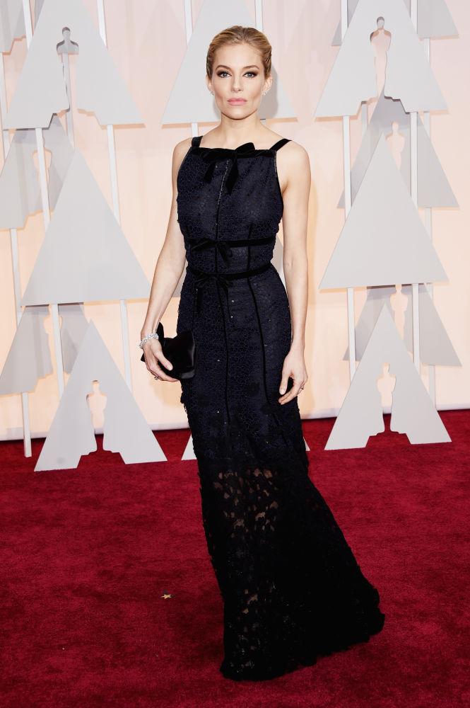 Sienna Miller_Oscar de la Renta_Oscars