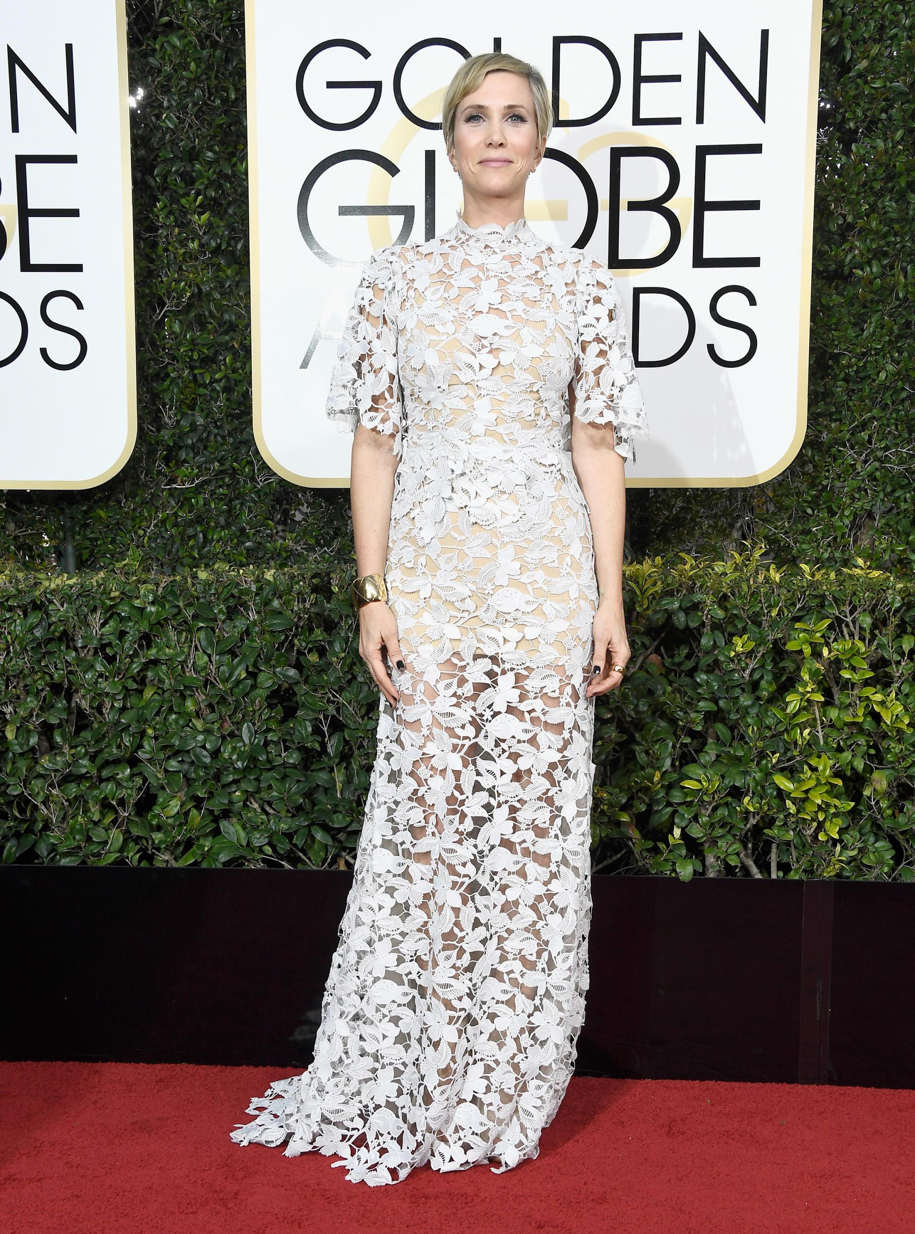 Kristen Wiig in Reem Acra.jpg