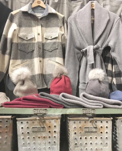 Cozy wool and cashmere. Photo from @tuckshopco.