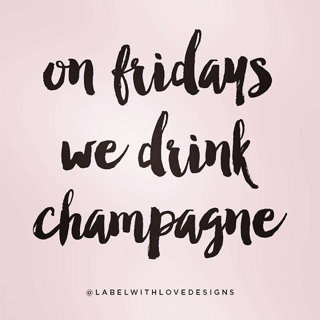 ...or any day really. 🤷🏻♀️ Cheers to the weekend! 🥂 #champsandqueso 📷: @shoplabelwithlove