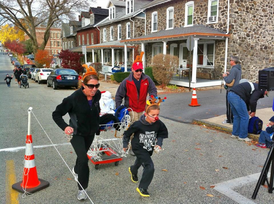 Family running byJimBreslin4.jpg