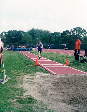 grizzly_track2001_micah3.jpg