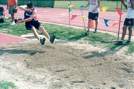 grizzly_track2001_micah5.jpg