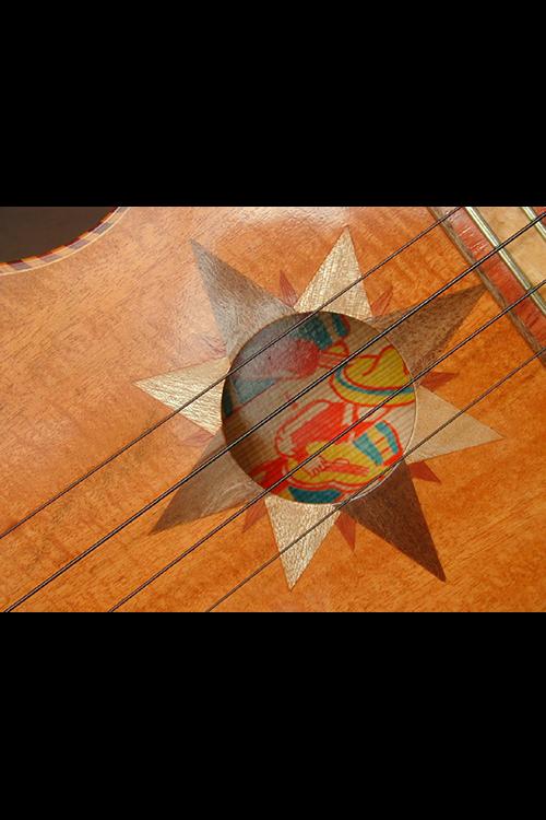 Guitarrone 13.png