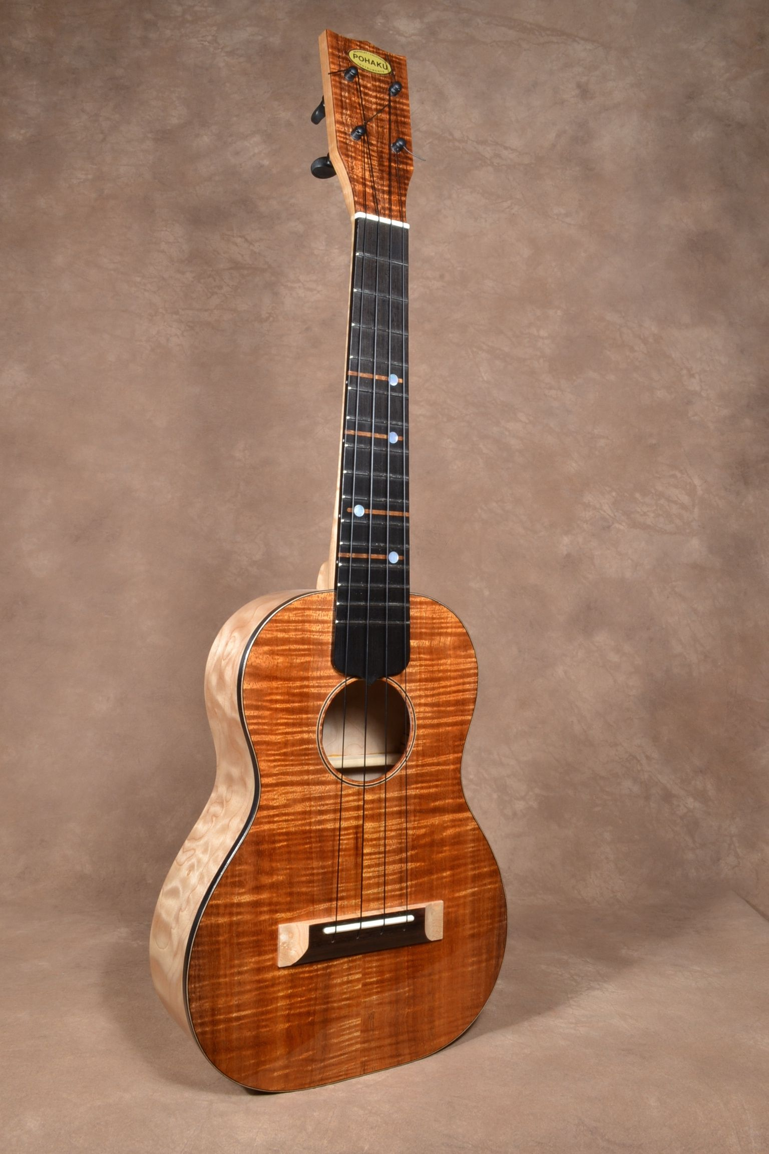 Koa & Maple Tenor2.jpg