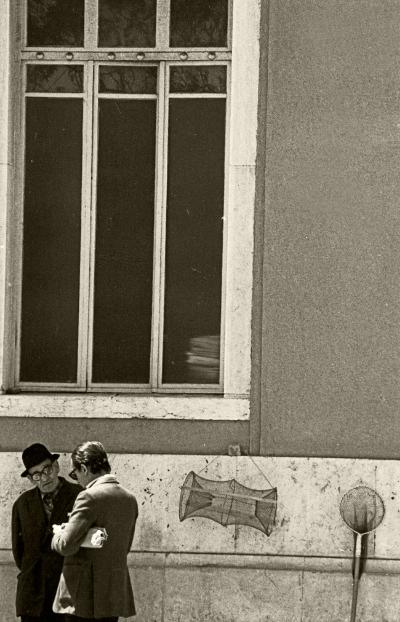Luís Barreira   a r t e f a c t o s , cais do sodré, 1983  Fotografia   Gelatin Silver Print    18x24 cm