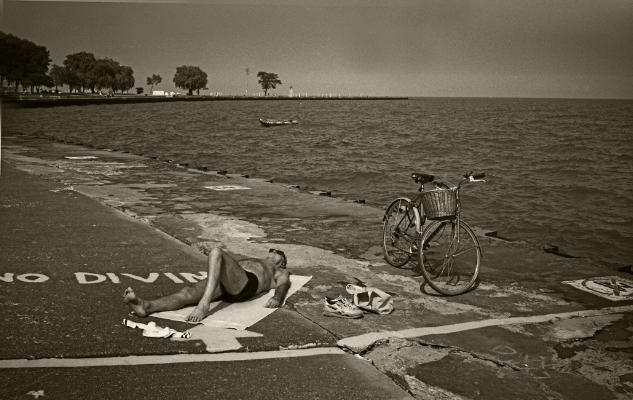Luís Barreira  no diving, Chicago, 1994  Fotografia  Gelatin Silver print