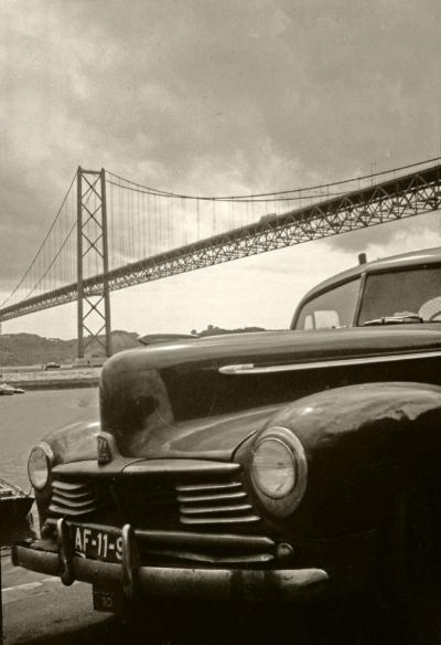 Luís Barreira  Ponte 25 de Abril, Lisboa, 1984  Fotografia  Diapositivo digitalizado