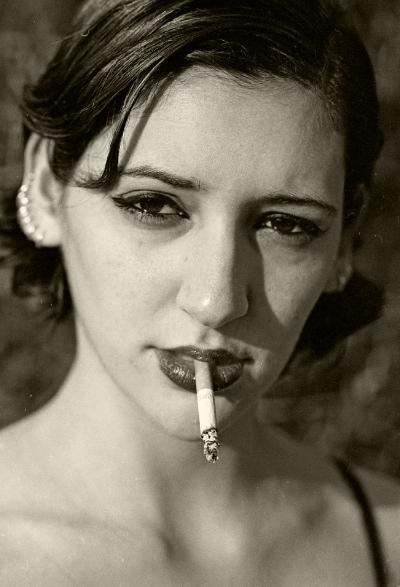 Luís Barreira  Susana, 1997  Fotografia  Gelatin Silver print  série:  portraits   arquivo:FOLIO_353_1649, 1997