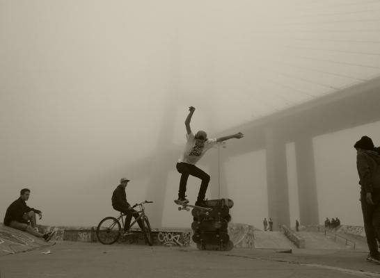 Luís Barreira  skaters, 2014  fotografia  série:   no parque    arquivo:01_4537, 2014