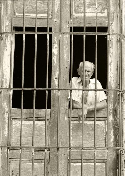 Luís Barreira  Havana, 1997  Fotografia  Gelatin Silver print  Série: CUBA'97  Exposição na Galeria Imargem - Almada, 1999  Publicação em Livro (Depósito Legal 144 759/99)  arquivo:F_313_7315, 1997
