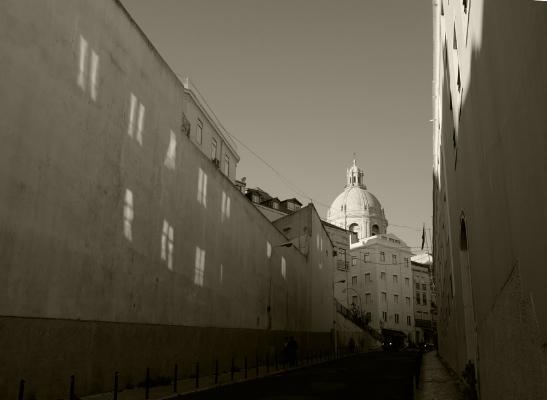 Luís Barreira  Janelas, Lisboa, 2017  Série: Lisboa  Fotografia  arquivo:11_12_DSCF3431, 2017
