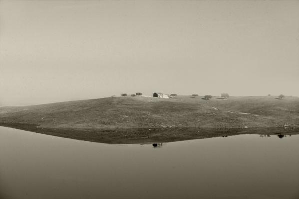 Luís Barreira  Alqueva, 2003  Série: Landscapes  Fotografia  Diapositivo digitalizado  arquivo:SLIDE_20696, 2003