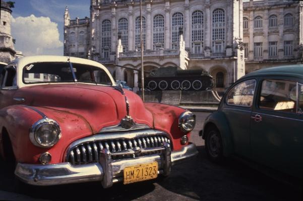 Luís Barreira  Havana, 1997  Série: Cuba'97  Fotografia  Diapositivo digitalizado  arquivo:SLIDE_21677, 1997